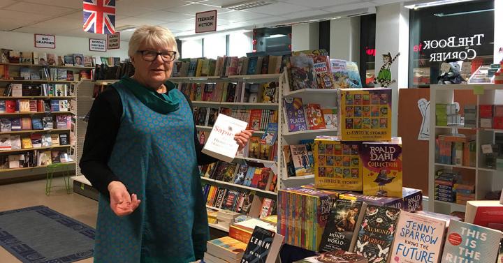 Lena Holm driver The Book Corner som nu stänger butiken i Göteborg.