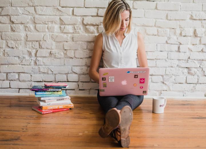 Även bokbloggar ska markera texter om böcker de fått gratis från förlag