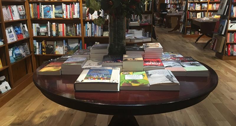 Brittiska bokhandlare får öppna igen