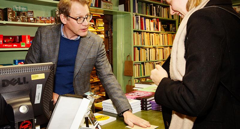 Tydlig återhämtning i fysisk bokhandel